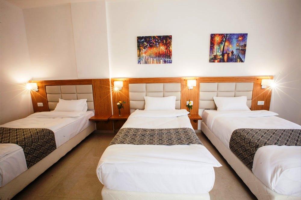 Triple Rooms: